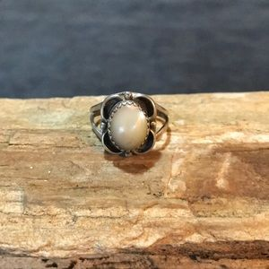 Jewelry - Native American Sterling and Mother of Pearl Ring